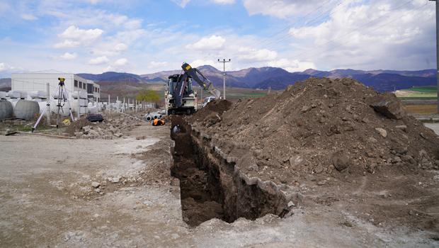 Erbaa Belediyesi Organize Sanayi Bölgesinde altyapı çalışması başlattı