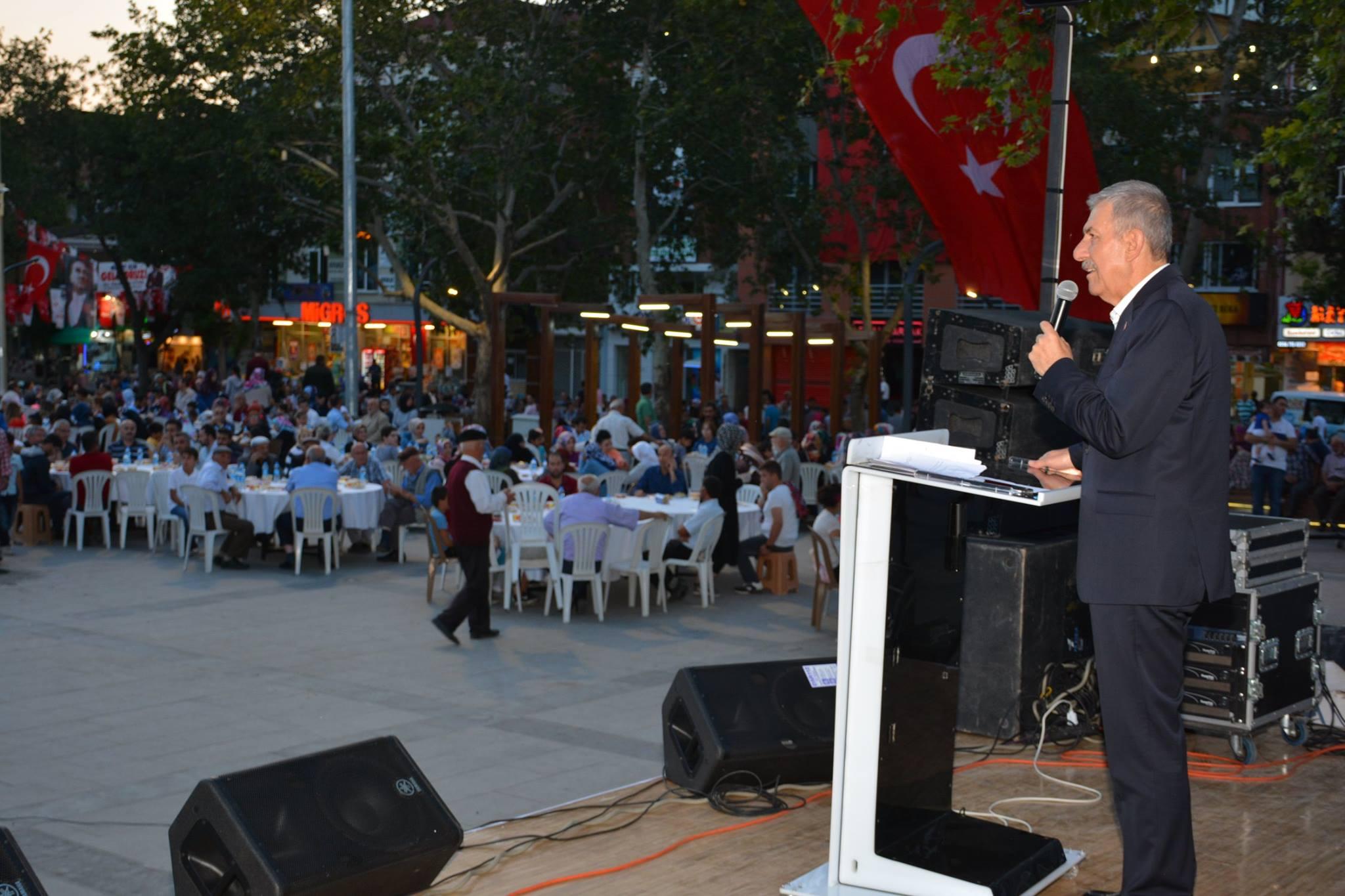 Erbaa'da Binlerce Kişi İftarda Buluştu