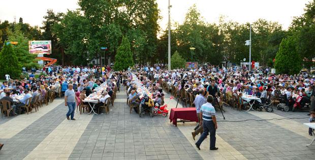 Erbaa'da Büyük İftar Hazırlığı