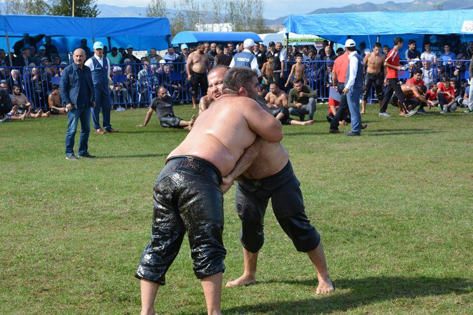 Erbaa'da Güreş Heyecanı