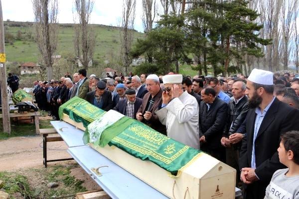 Tokat'taki Kazada Ölen 7 Kişinin Cenazeleri Toprağa Verildi