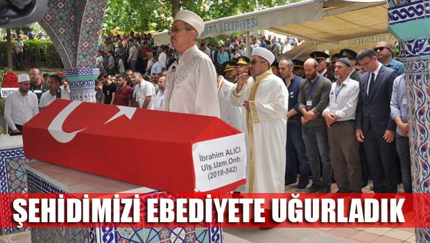 BİNLERCE ERBAA'LI ŞEHİDİNİ UĞURLADI