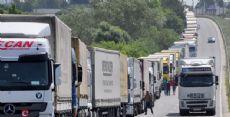 Bulgar gümrükçülere operasyon: 28 gözaltı