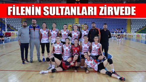 Erbaa Gençlik Spor Kadın Voleybol Takımı Liderliğe Yükseldi