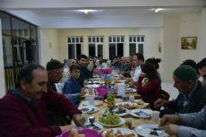 Erbaa Huzurevi Sakinleri Mangal Partisinde Eğlendi.