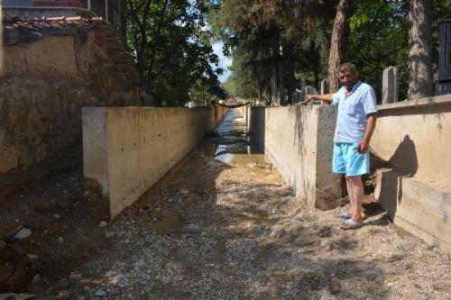 Sel Mağdurlarından, Islahın Yarım Bırakılmasına Tepki