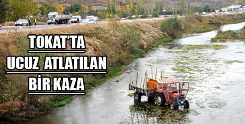 TRAKTÖRE KAMYON ÇARPTI