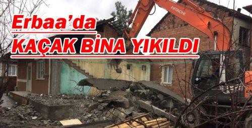 Tespit Edilen Kaçak Bina Belediye Tarafından Yıkıldı