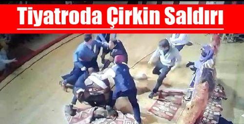 Tiyatro Oyuncusuna Sahnede Saldırı