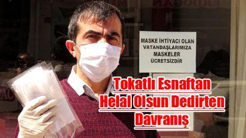 Tokat'lı Esnaf vatandaşa ücretsiz maske dağıttı